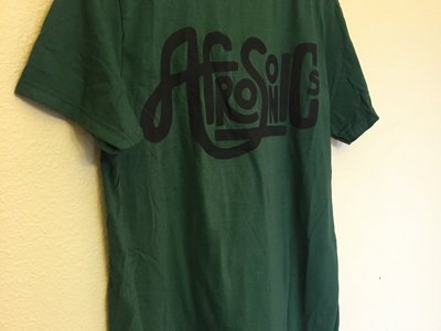 green-t-black-logo-9
